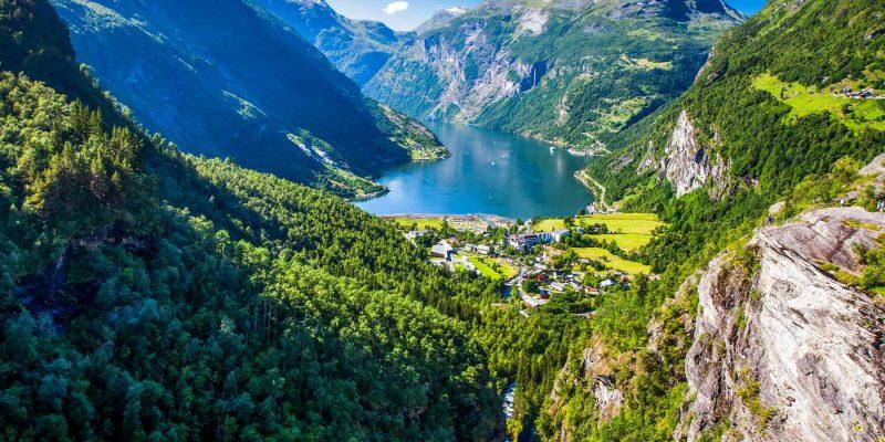 Noorwegen fjord en dal