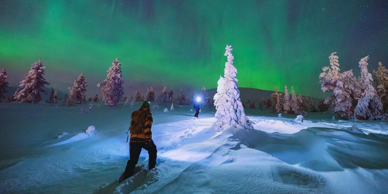 Op zoek naar het noorderlicht met sneeuwschoenen