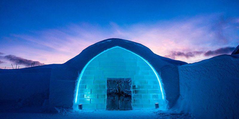 Ingang-van-het-ICEhotel