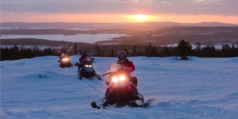 Meerdaagse sneeuwscootertocht in Finland