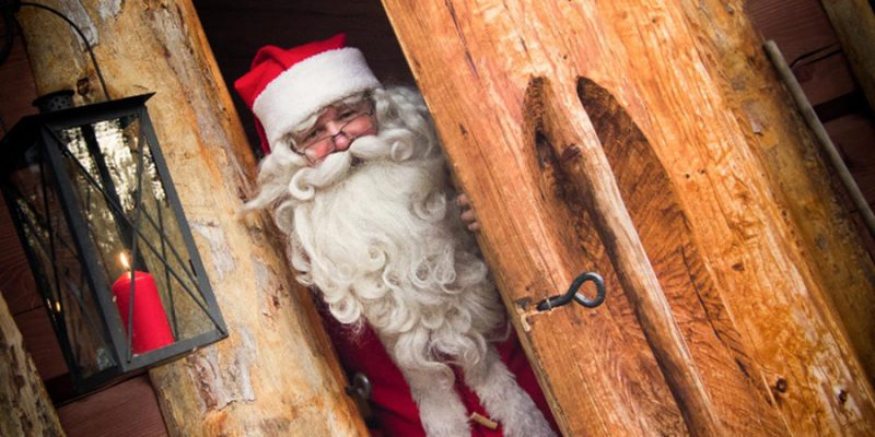 Santa-Claus-in-Harriniva-tijdens-kerst