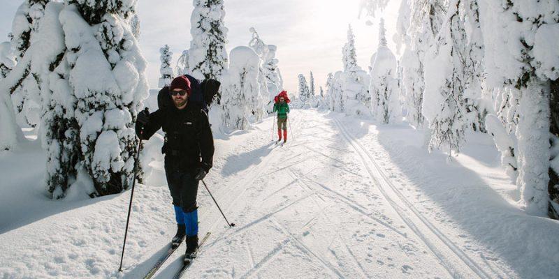 Langlaufen in Finland in de winter
