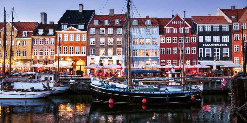 Kopenhagen-kleurrijke-huisjes